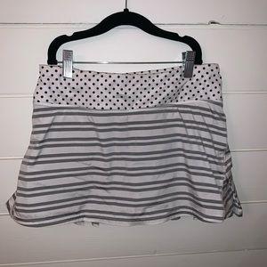 Lululemon ruffle skirt size 4.